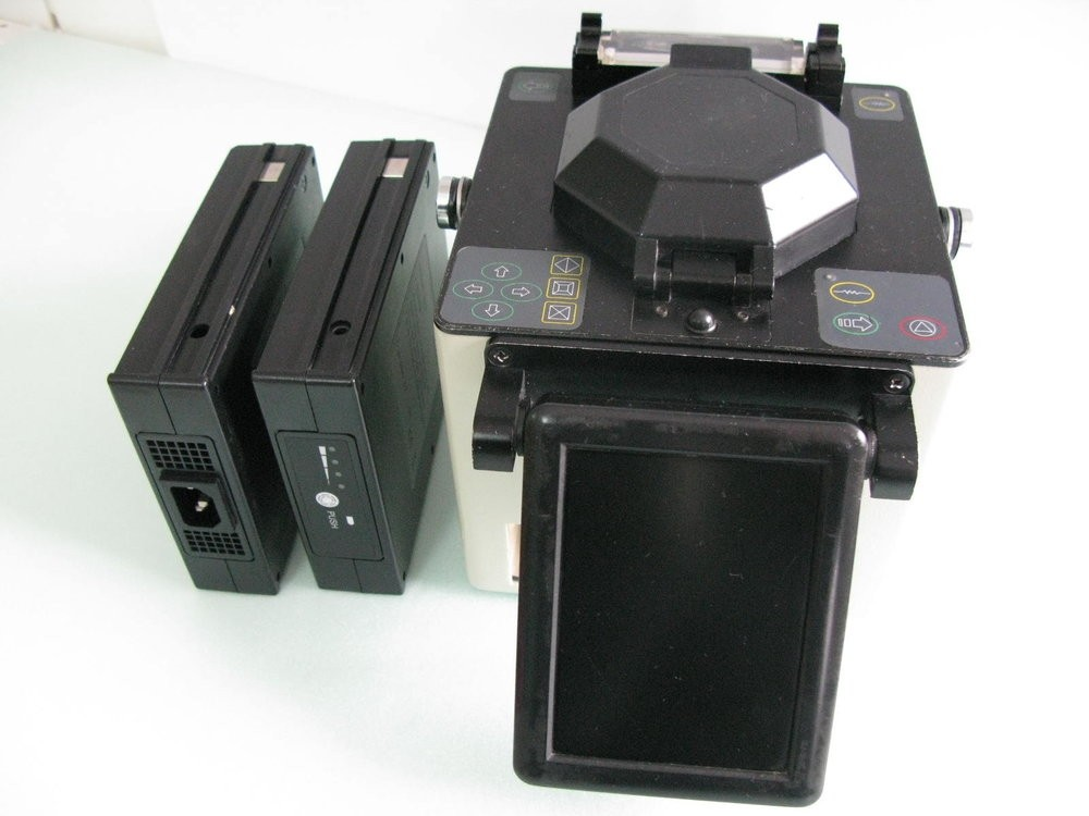 Автоматический сварочный аппарат для оптического волокна  ONT-730 (полный аналог DVP-730) (Б/У)